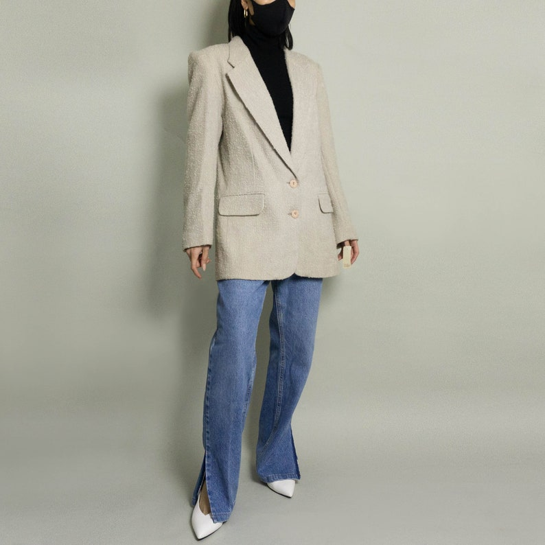 Ivory  Grey Sport Coat Vintage Wool Boucl\u00e9 Textured Blazer SM Suit Jacket Single Breasted White  Gray