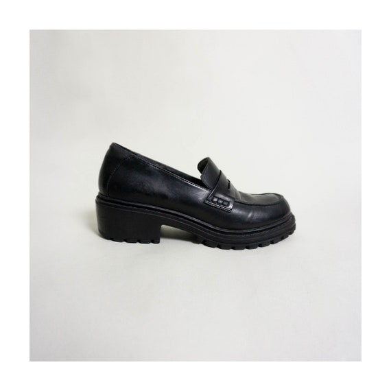 Vintage Penny Loafers With Lug Sole | Black | US 7