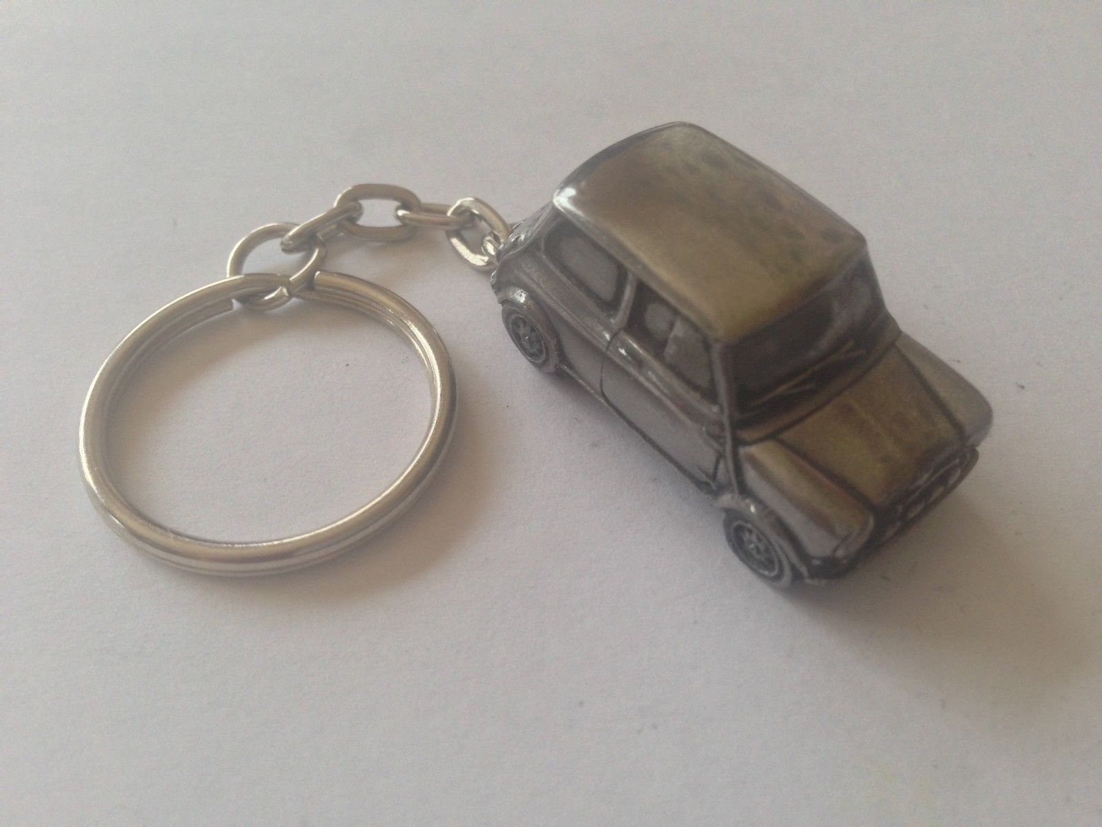 GREAT GIFT IDEA MINI COOPER CAR PIN BADGE REAL PEWTER MADE IN THE UK NEW