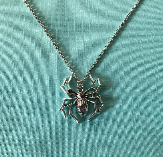 Spider necklace, silver spider necklace, spider pe