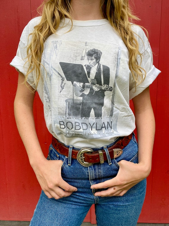 Grateful Dead bassist Phil Lesh's Bob Dylan T-shir