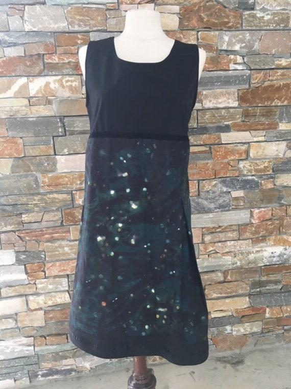 Sleeveless woman tunic dress