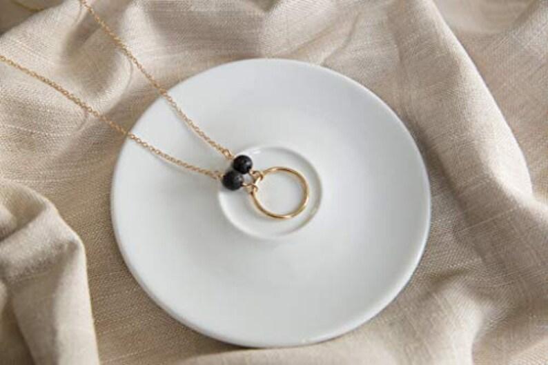 Diffuser Lava Stone Necklace Circular Essential Oil Diffuser Necklace Natural Lava Bead Necklace Aromatherapy Necklace Minimalist