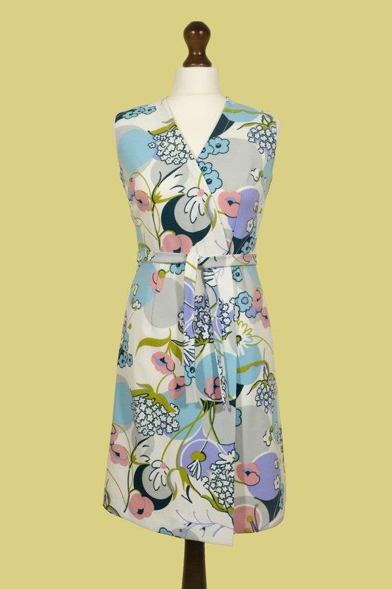 1960s Floral Pattern Pastel Crimplene Sleveless Wr