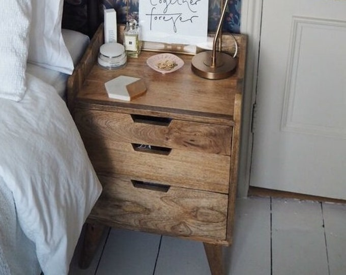 Scandinavian Style Bedside Table Chest of 3 Drawer Nordic Retro Nightstand Side Table Handmade Solid Mango Wood Cabinet