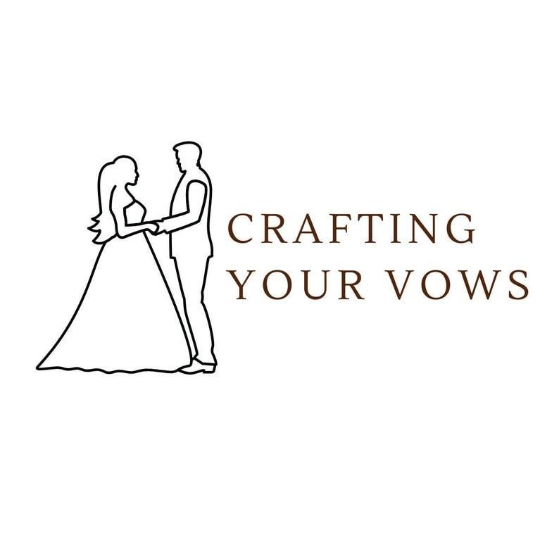 Unique women/'s wedding band