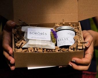 Self Care Kit- Spa Gift Set- Soap Bar - Natural  Soap - Soy candle - Handmade Cold Pressed Soap -vegan - soap bundle - Birthday - gift