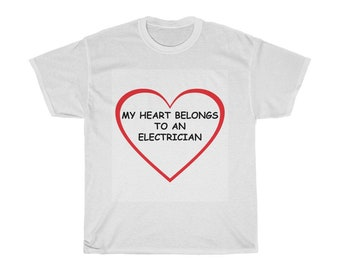 MY HEART BELONGS TO AN AWESOME BRICKLAYER T SHIRT XMAS GIFT FUNNY