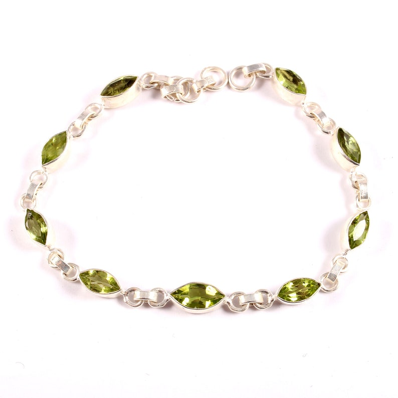Marquise Faceted Green Peridot Silver Jewelry 925 sterling silver Chain /& Link Silver Bracelet Natural Green Peridot Silver Bracelet