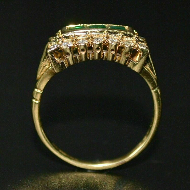 1.50 Ct Princess Cut Green Emerald and Simulated Cluster Wedding /& Engagement Band Ring 14k Yellow Gold Over in Sterling Silver