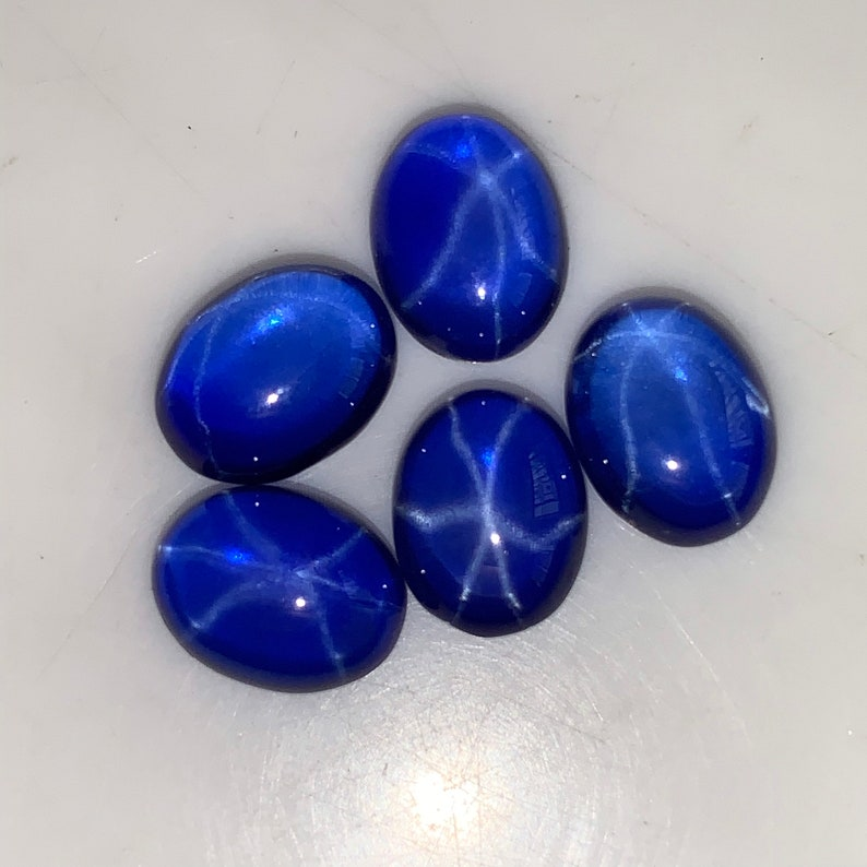 5 Pcs 7x9mm Star Sapphire Smooth Oval Cabochon Top AAA Quality Loose Star sapphire Price Per Lot