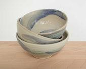 white and balue stoneware müslischüssel- hand-pottered bowl- soup bowl - ceramic bowl