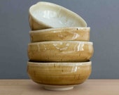 Set of 4 flower-shaped bowls with foot ring - bowl - tea bowl - beige and white