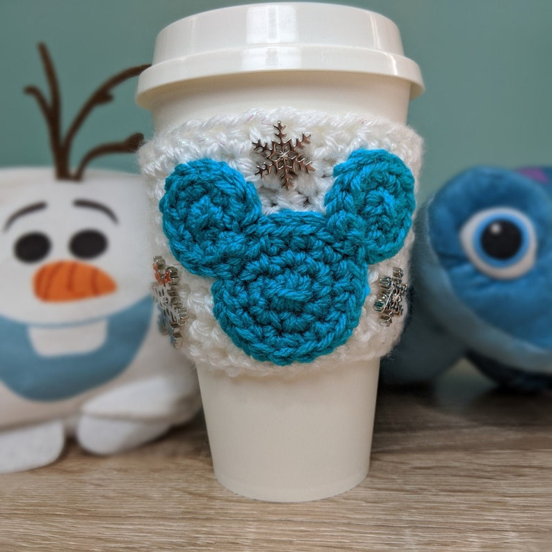 Disney Frozen Elsa Crochet Cup Cozy image 0