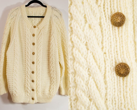 Vintage White Chunky Cable Knitted Cardigan//Gold