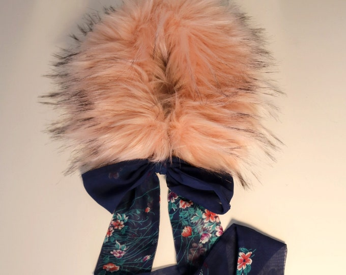 Pink faux fur collar Beaver