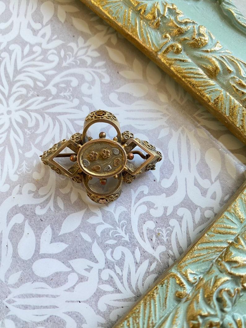 Vintage Brass Art Nouveau Pin Brooch