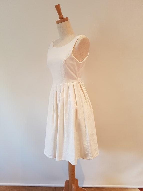 Lovely handmade Cream Linen Princess line sleevel… - image 4