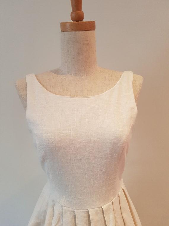 Lovely handmade Cream Linen Princess line sleevel… - image 3