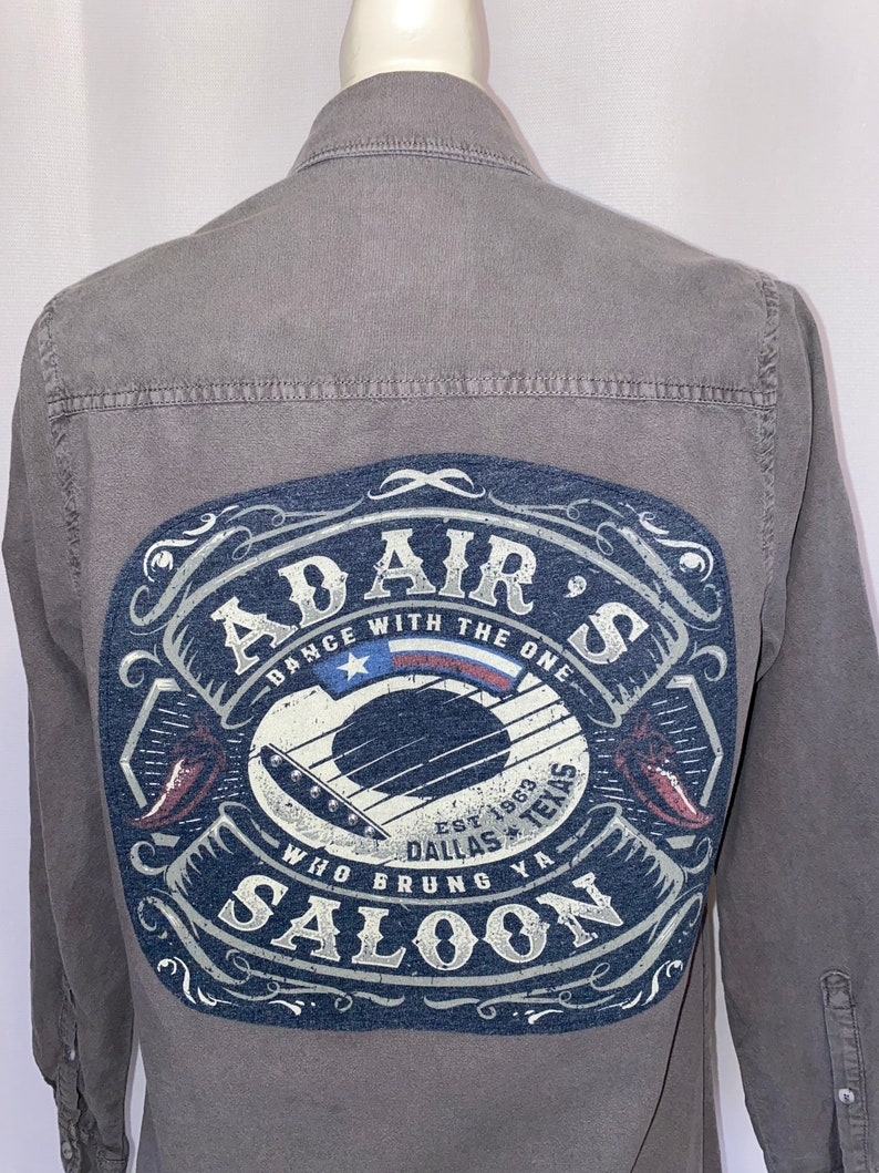 TX Graphic Back Button Down Shirt Adair\u2019s Saloon Dallas Size M