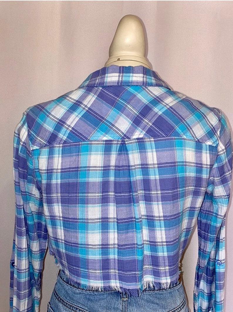 Cropped Button Down Plaid Shirt Size S