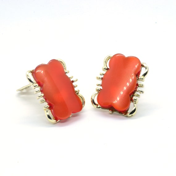 1950s Moonglow pink red lucite ring /& clip on earrings  50s 60s pearlised cranberry jewellery set