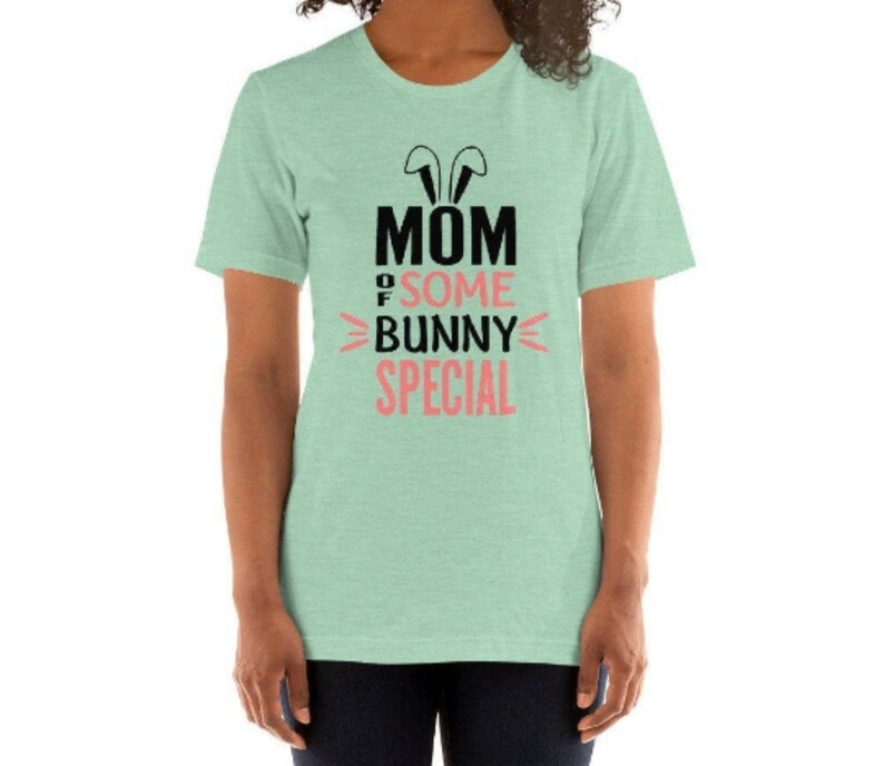 Some Bunny Mom Shirt Matching Christmas Shirts Mommy and Me Outfits Baby Shower Gifts For New Mama Cute Pregnancy Announcement Clothes