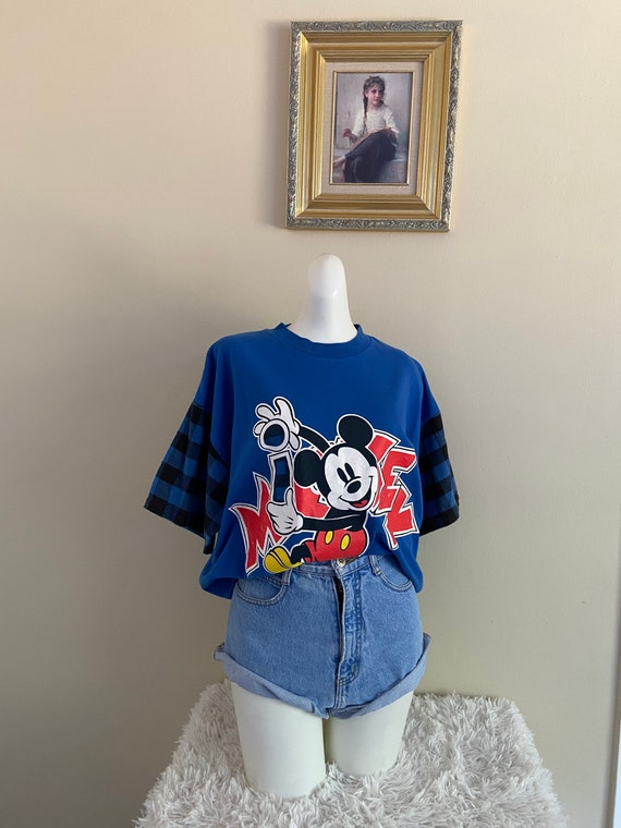 Vintage Mickey Mouse Shirt