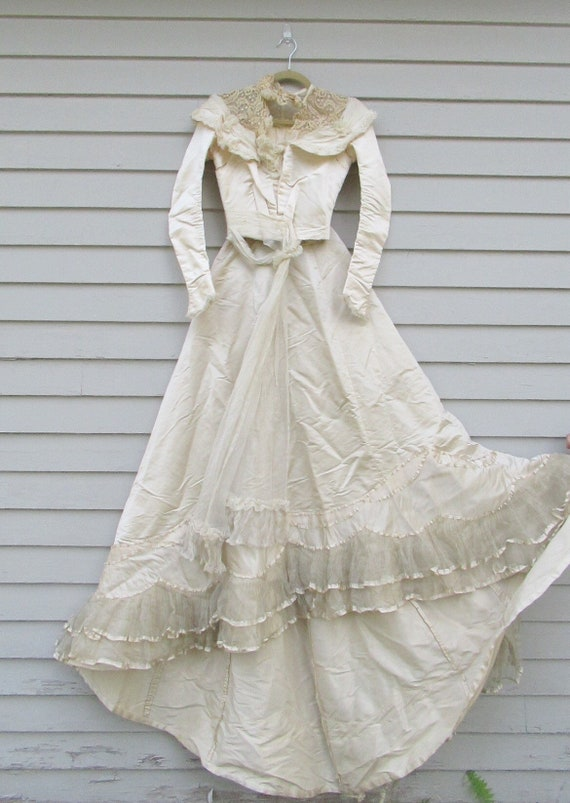Antique Victorian 1890s wedding dress
