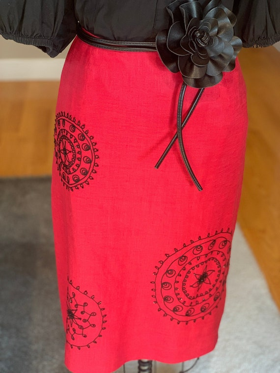 Beaded Linen Red Pencil-Slim Skirt, US Size 10