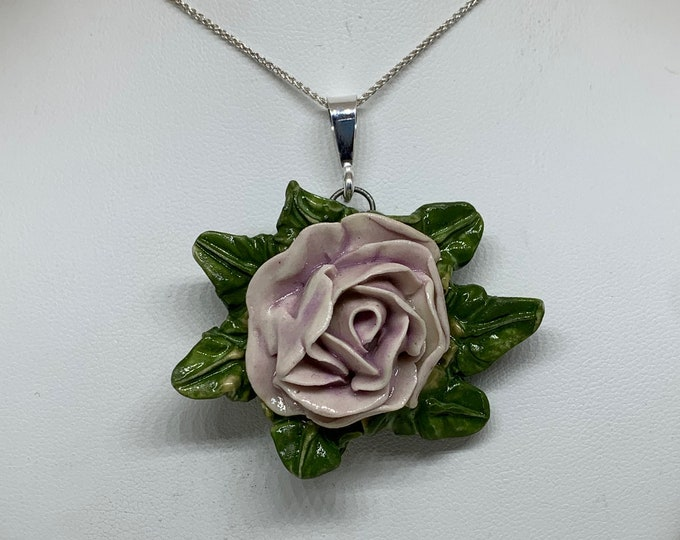 Cecile Bloom Necklace with Leaves