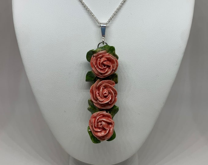 Charlotte Three Blooms Necklace