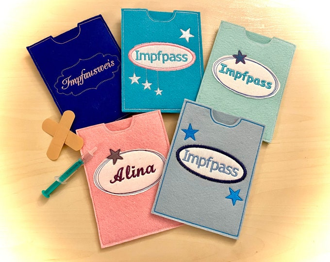 Vaccination passport sleeve, felt embroidered, customizable with the name