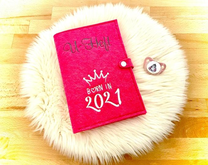U-heft sleeve made of felt, incl. vaccination passport compartment, Born in 2021, pink