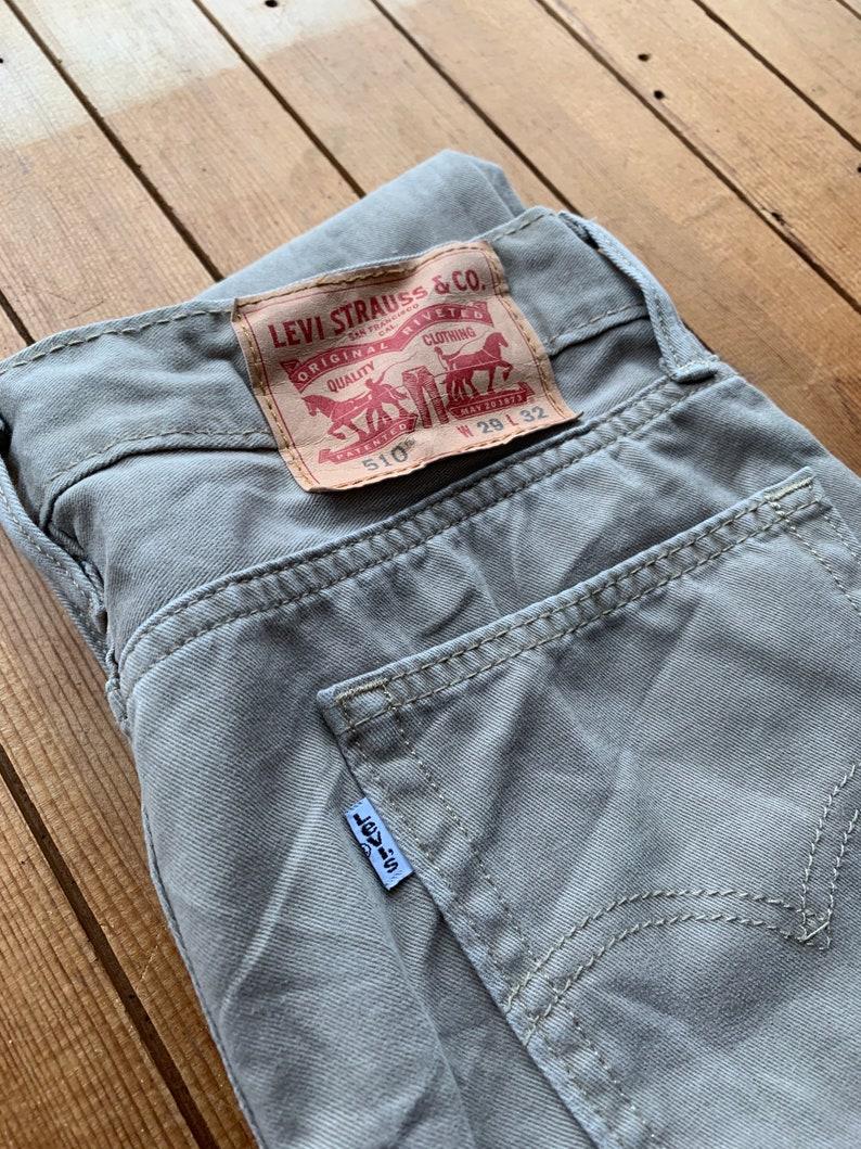Unisex vintage 510 Levi\u2019s skinny leg 29W 32L Levi\u2019s trousers