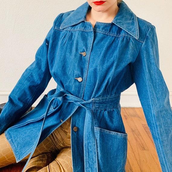 1970's 100% Cotton Utility Denim Jacket with a Dag