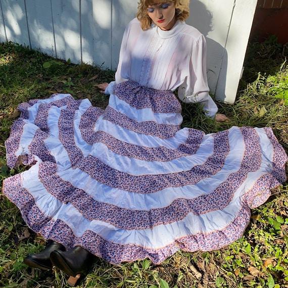 1970s floral prairie skirt.