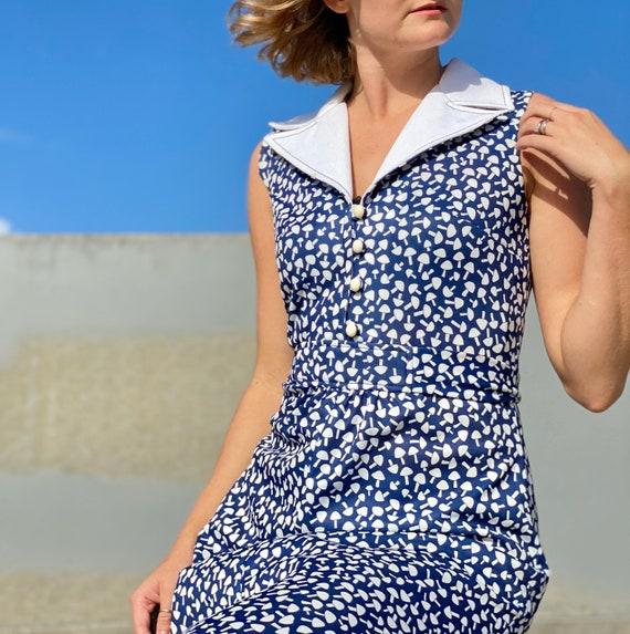 Vintage 70s Blue + white mushroom print maxi dress