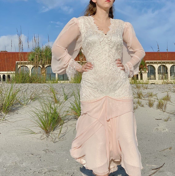 80s pink chiffon white lace dress. - image 4