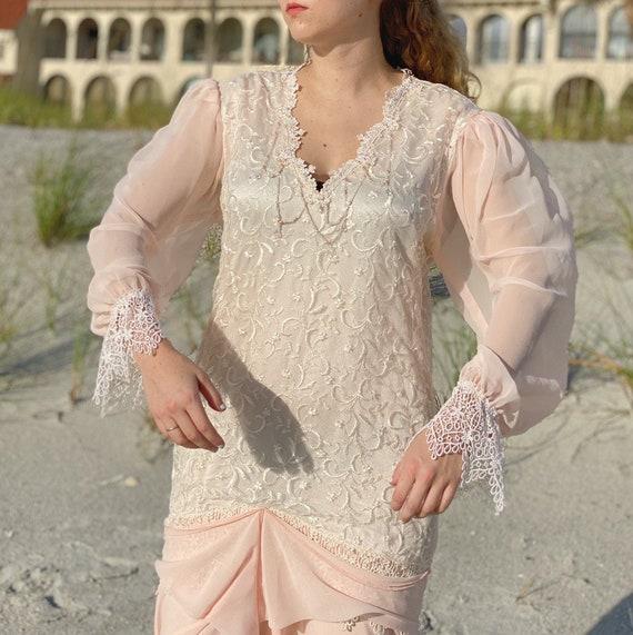 80s pink chiffon white lace dress. - image 2