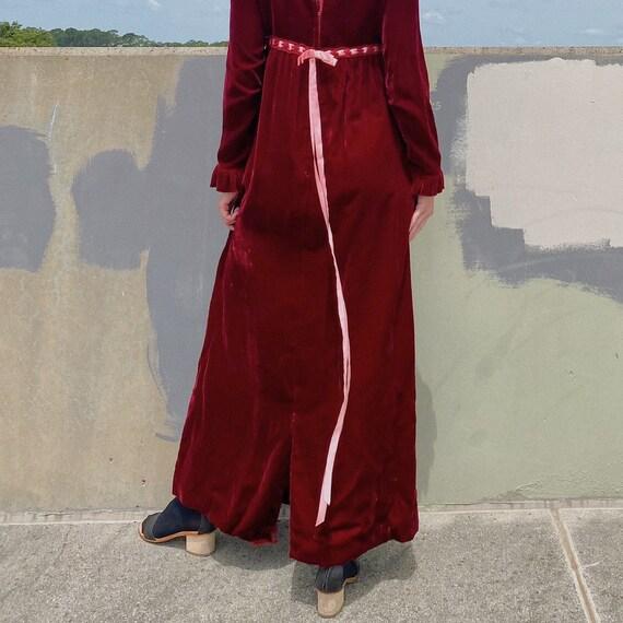 Vintage 30's Burgundy Velvet Prairie Dress. - image 4