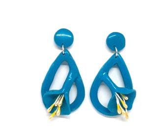 Comfortable earrings stud with applied blue calla on teardrop, Flower jewelry, Statement earrings