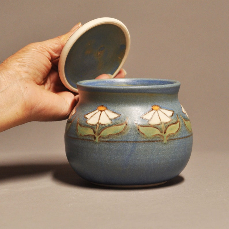 Arts and Crafts Inspired Covered Jar-Daisy Design in Blue Matte Glaze