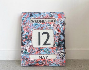 1950s Vintage Wall Hanging Manual Perpetual Calendar – Abstract Painted by Art by Tubi