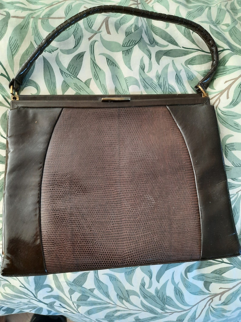 As used by HM Queen Elizabeth vintage 1950/'s brown patent leather and snakeskin snap shut handbag made in England brown Kelly bag