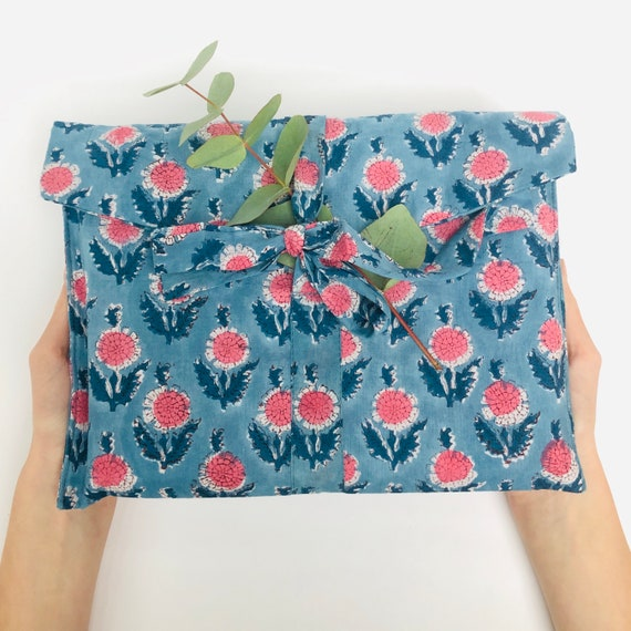 Fabric Gift Wrap, 100% cotton, reusable, zero Waste - Blue Sunflower Design
