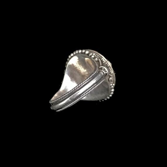 Vintage poison ring//c.1960/ sterling silver pois… - image 4