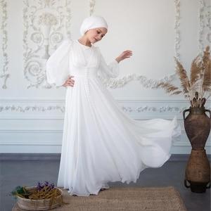 1940s Style Wedding Dresses | Classic Wedding Dresses White Muslim Wedding Dress Long Dress Evening Gown Long Sleeve Dress Islamic Dress Nikah Ecru Hijab Bridesmaid Engagement Henna $88.00 AT vintagedancer.com