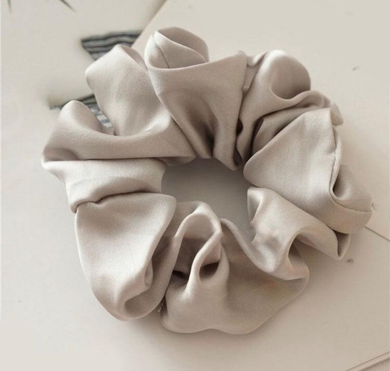 Scrunchie grey