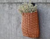 Basket for storm door decoration, Beige hanging door basket, Artificial hanging basket, Basket for flowers, Wicker hanging basket
